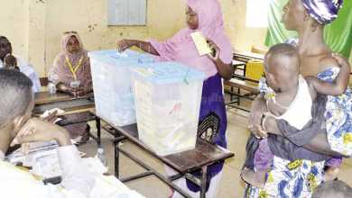 Photo of الموريتانيون يختارون رئيساً جديداً اليوم