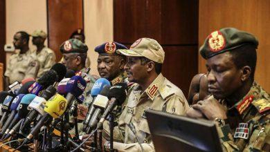 Photo of التوقيع رسميًا على وثيقتي الدستور والسلام في السودان