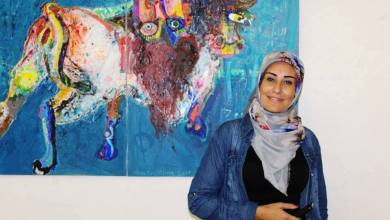 "Photo of التشكيلية اللبنانية ""باسمة عطوي"": اللوحة قوية أكثر مما يجب، لكنها ليست دبابة تخوض حربًا!"