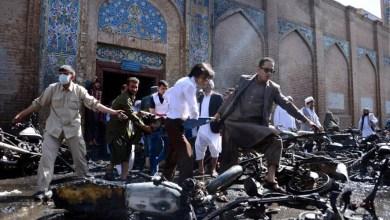 Photo of مقتل وإصابة 22 شخصًا في انفجار داخل مسجد في أفغانستان