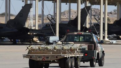 Photo of الحوثيون يعلنون قصف قاعدة الملك خالد الجوية بالسعودية