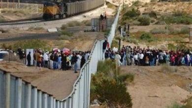 Photo of تراجع عدد المهاجرين الذين عبروا إلى أمريكا من الحدود المكسيكية بواقع 36%