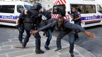 """Photo of اعتقال 21 مهاجرًا إفريقيًا عقب اقتحامهم مقبرة """"بانثيون"""" الشهيرة بفرنسا"""