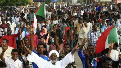 Photo of السودان- اتفاق على تشكيل مجلس سيادي لمدة 3 سنوات واعتماد نظام أقرب للبرلماني