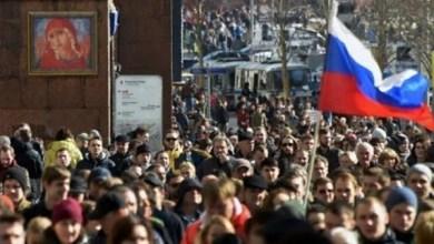 Photo of الشرطة الروسية تفتش منازل المشاركين في الاحتجاجات الأخيرة