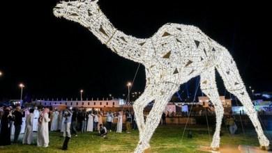 """Photo of السعودية تدخل موسوعة """"جينيس"""" بأكبر مجسم للهجن في العالم"""