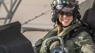 Photo of أول امرأة من مشاة البحرية الأمريكية تقود طائرة الشبح المقاتلة