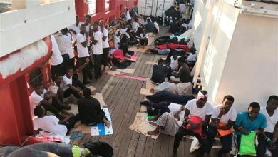 Photo of اليونان تدعو إلى توزيع أكثر عدلاً للمهاجرين داخل الاتحاد الأوروبي