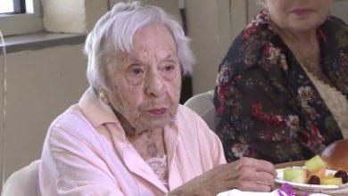 """Photo of صاحبة الـ107 عامًا تكشف سر طول حياتها: """"لم أتزوج أبدًا"""""""