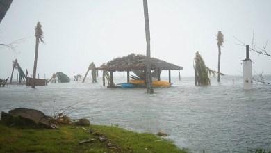 Photo of ولاية فلوريدا الأمريكية تغلق مطاراتها الدولية تحسبا لإعصار دوريان