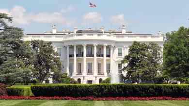 Photo of البيت الأبيض يخفي مكالمات ترامب في نظام حاسوب سري للغاية