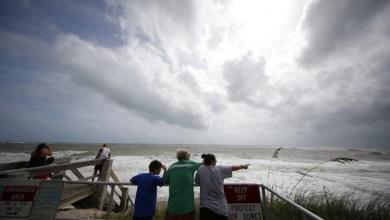 "Photo of إعصار""دوريان"" يتجه إلى الولايات المتحدة وإعلان حظر التجوال"