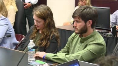 Photo of قاضي يرفض استعادة أبوين أمريكيين لحضانة ابنهما المصاب باللوكيميا