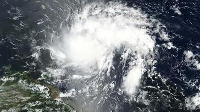 Photo of إعصار دوريان يتراجع من الفئة الخامسة إلى الفئة الثانية