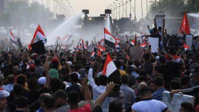 Photo of إضراب ببغداد وقتلى خلال اشتباكات والإنترنت ينقطع مُجددًا