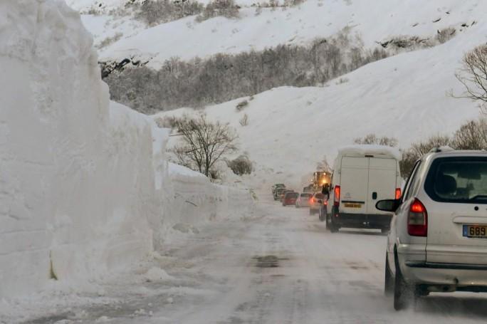 Photo of انقطاع الكهرباء عن 33 ألف منزل بفرنسا بسبب موجة ثلجية