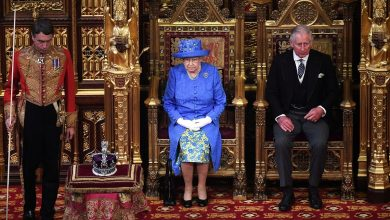 Photo of ملكة بريطانيا تعتزم التقاعد وتسليم الحكم إلى ولي العهد