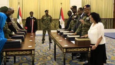 Photo of قلق لدى السودانيين بعد قرار ترامب تمديد حالة الطوارئ المعلنة ضد بلادهم