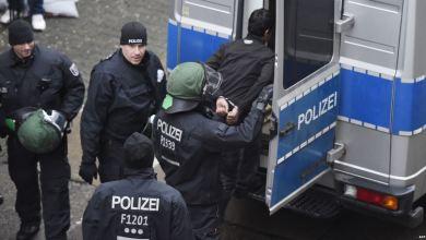 Photo of ألمانيا ترفض دخول أمريكي متطرف إلى أراضيها
