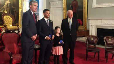Photo of طفلة 8 سنوات تحصل على وسام الشجاعة في كندا