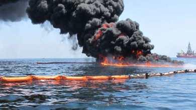 Photo of اندلاع حريق في ناقلة نفط قبالة ساحل الشارقة بالإمارات