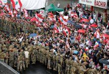 Photo of الرئيس اللبناني يطلب من الجيش التدخل لإيقاف الشغب في بيروت