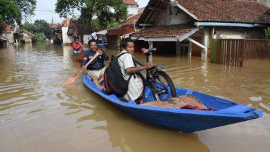 Photo of إندونيسيا تضرب السحاب بالملح لإنقاذ جاكرتا من الغرق