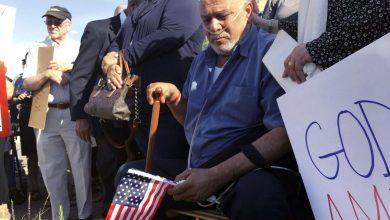 Photo of ترامب يتعهد بالتراجع عن ترحيل العراقيين المسيحيين