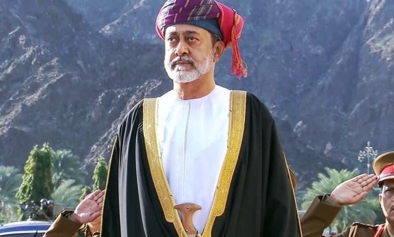 Photo of لماذا أمَرَ سلطان عمان الجديد بتعديل النشيد الوطني للسلطنة؟