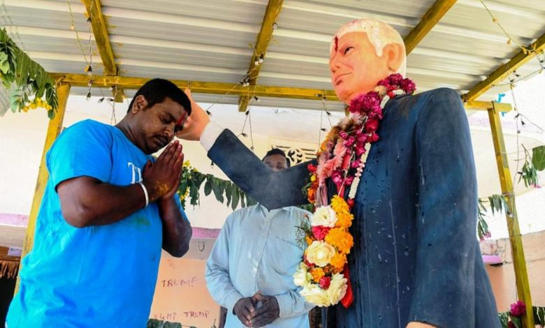 Photo of حب من نوع غريب.. هندي يعبد ترامب ويتمنى مقابلته ولو لمرة واحدة!