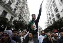 Photo of الاحتجاجات تعود للجزائر من جديد.. هل ينجح الرئيس تبون في احتوائها؟