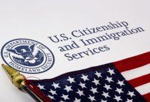 Photo of كورونا يُغلق مكاتب دائرة خدمات الجنسية والهجرة في أمريكا