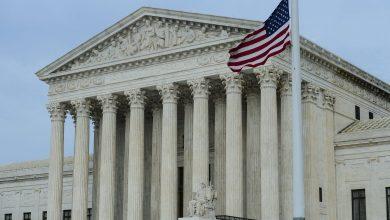 Photo of المحكمة العليا تسمح للولايات بمقاضاة المهاجرين بسبب سرقة الهوية