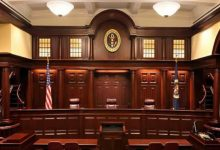 "Photo of 1300 شكوى مرتبطة بـ""كورونا"" أمام المحاكم الأمريكية"