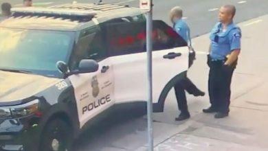Photo of فيديو جديد يوضح حدوث شجار بين جورج فلويد والشرطة داخل سيارتهم