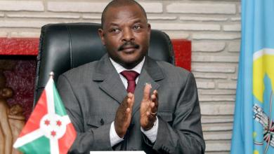 Photo of وفاة رئيس بوروندي قبل تسليم السلطة وجدل حول وفاته بكورونا
