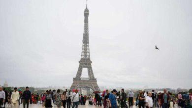 Photo of برج إيفل يستقبل الزوار بعد إغلاق دام 3 أشهر