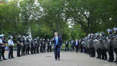 Photo of ترامب: الشرطة الفيدرالية ستبقى في بورتلاند حتى تطهيرها