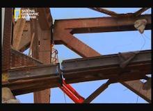 تفكيك هياكل عملاقة : الجسر الإيطالي