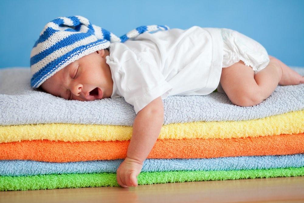 مقال - عدد ساعات النوم المثاليّة لكل مرحلة عمريّة