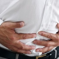 مقال - 7 أخطاء تدمر الجهاز الهضمي