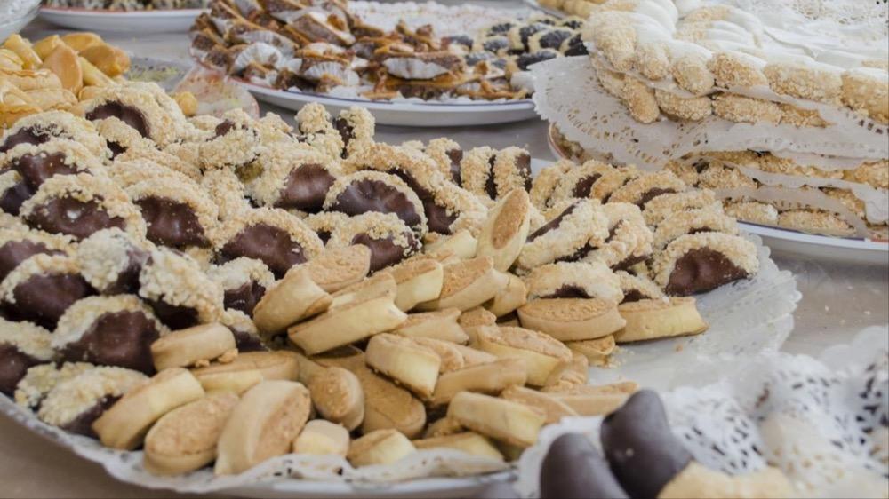 مقال – نصائح مهمة لتجنب إضطرابات الجهاز الهضمي خلال فترة عيد الفطر