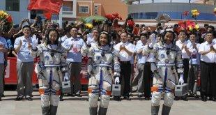 مقال - الصين تعرض أول صور لمسبار المريخ وتهدف لإرسال بعثة للكوكب في 2020