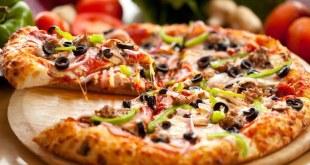 مقال - لماذا نشعر بالعطش عند أكل البيتزا؟