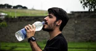 مقال – 6 أعراض لنقص الماء في الجسم