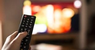 دراسة – ما هي أضرار النوم أمام التلفزيون؟