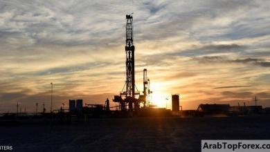 """صورة قفزة بأسعار النفط مع """"تخفيف العزل"""""""