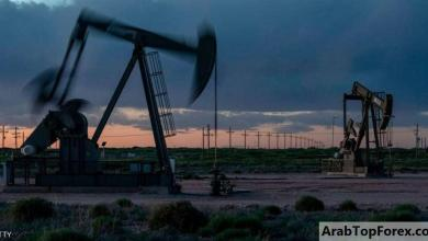 Photo of النفط يصعد بعد هبوط المخزونات الأميركية