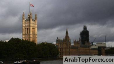 صورة دين بريطانيا يتجاوز أيام الحرب العالمية ويضع البلاد في مأزق