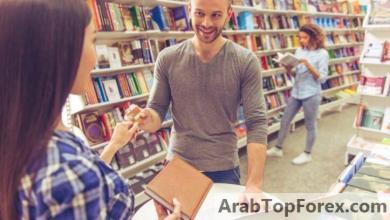 صورة بطاقات بنك عوده تتيح تقسيط مشتريات المدارس على 6 أشهر دون فائدة